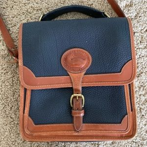 Vintage Dooney & Bourke crossbody bag
